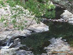 Currumbin Rock Pool photo©jadoretotravel