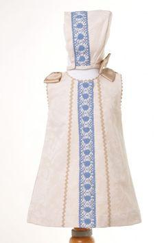 Descripción del artículo: Ropa Verano niña de 0 a 5 años, , Conjunto vestido y capota camel y bolillos azulina.. Tienda Virtual