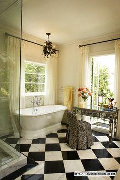 lauren conrad - LA bathroom