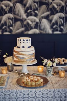 #Dessert bar bliss! #cake | Photography: khakibedfordweddings.com | Cake: www.naturallydelicious.com