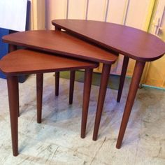 TS012 3 PCS COFFEE TABLE SIZE : W60 X D35 X H44CM              W47 X D29 X H41CM              W34 X D23 X H38CM   Made in thailand   TEAK WOOD