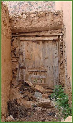 Very ancient door Morocco .by mhobl Entrance Doors, Doorway, Old Doors, Windows And Doors, Door Knockers, Door Knobs, All About Doors, Make A Door, Vintage Doors