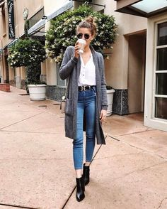 Outfits casuales con tacones y jeans para verte ms alta fashionable women s fall outfits for today s trends Warm Outfits, Stylish Outfits, Winter Outfits, Cool Outfits, Girl Fashion, Fashion Outfits, Womens Fashion, Preppy Trends, Look Jean