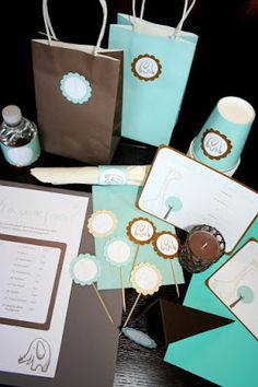 Elephant themed baby shower kit. Free printables. FRESH+LINEN:+It's+a+Free+Party: