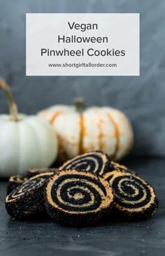 These Vegan Halloween Pinwheel cookies are made with a vegan pumpkin cookie dough filled with activated charcoal cookie dough swirls. These easy homemade Halloween cookies are spooky good and would be so fun to make for kids. A delicious round Halloween sugar cookie recipe covered in black & orange sprinkles. #vegan #Halloweencookies #charcoalcookies #pumpkincookies #recipe #sgtoeats Vegan Candies, Vegan Treats, Vegan Desserts, Vegan Recipes, Halloween Cookie Recipes, Halloween Party, Halloween Baking, Homemade Halloween, Halloween Snacks