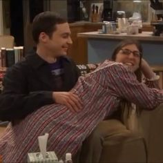 #TBT ⚛ In case you didn't get enough of Shamy in tonight's episode  throwback to season 6. Who's excited for Shamy to be reunited?  Jim and Mayim are adorable ❤️ #tbbt #thebigbangtheory #bigbangtheory #shamy #majim #jimparsons #sheldoncooper #mayimbialik #amyfarrahfowler #besttvshow #bloopers #blooper #gagreel #hilarious #funny #laugh #laughter #love #couple #relationship #smile #adorable #cute #bestfriends #throwback #spanking