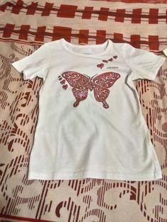 #бабочка #рисунок_на_футболке #одежда #творчество  Вот такая нарисовалась бабочка для Ариши.
