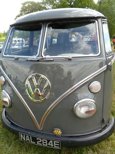 vwcampervan-aldridge:  1967 Volkswagen Split Screen campervan, Dub Daze, Weston park, Shropshire, England. All Original Photography by http://vwcampervan-aldridge.tumblr.com