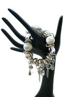 Chunky Cream Green Beads Silver Tone Hearts Ladies Stretch Charm Bracelet New