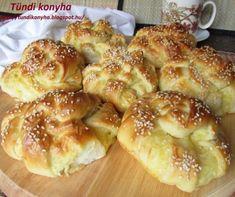 Sajtos batyu recept | Mindmegette.hu Piece Of Bread, Hungarian Recipes, Pretzel Bites, Turban, Bagel, Doughnut, Hamburger, French Toast, Food And Drink