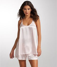 a0a45348158 How To Choose Best Nightwear - Tips To Choose Comfortable Nightwear - What  To Wear To Bed -