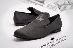 Mocasines Custom de Manuel Reina..  😍❤️❤️ 😊🤗 Únicos y exclusivos!! #Tendencia #baile #PegadosSeSienteMas #custom #mocasines #quierounosiguales #zapatosdebaile #customshoes #HandMadeShoes #amorporelbaile #exclusiveshoes #bachata #shoesmen #kizomba #danza