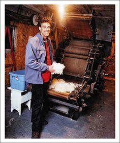 This guy will machine card your clean wool for you. La Carde à Laine Denis Hébert  2299, 9e Rang  Roxton Falls, Québec, J0H 1E0 Téléphone: (450) 548-2498 Télécopieur: (450) 548-2498 *51 Courriel: lacardealaine@hotmail.com Contactez le fabricant de couette, surmatelas et oreiller en pur laine