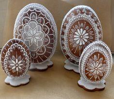 Cookies For Kids, Easter Cookies, Sugar Cookies, Irish Potatoes, Egg Carton Crafts, Ukrainian Easter Eggs, No Sugar Foods, Egg Decorating, Royal Icing