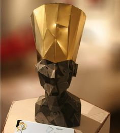 This beautiful Nefertiti Bust low poly paper model  was created by French designer G'dal Gabrzyszewski  and was originally posted at Final...