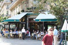 Le Café Les Deux Magots à Paris
