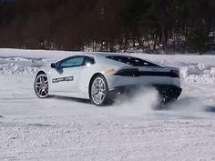 Ντριφτάροντας στο χιόνι με μια Lamborghini Huracan (video)