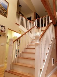 Cheap Carpet Runners For Stairs Code: 3501675279 Wood Handrail, Wood Staircase, Staircase Railings, Wooden Stairs, Staircase Design, Banister Ideas, Banisters, Stair Renovation, Pole Barn House Plans