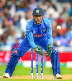 Ms Dhoni Photos, Dhoni Quotes, Ms Dhoni Wallpapers, India Cricket Team, Virat Kohli Wallpapers, Cricket Wallpapers, Chennai Super Kings, Blue Army, Mahi Mahi