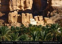 https://flic.kr/p/4oxc4d | Yemen - Mud house city in Wadi Dawan |  Join me on Facebook   |   Google+  |  Twitter   |   500px     |   Instagram   ~~~~~~~~~ Middle East - Yemen - Hadramaut Governorate - Wadi Dawan - Beautiful desert valley with stunning historical mud brick buildings  Canon EOS 400D DIGITAL, f/11, 0.004 sec (1/250), ISO 200, 72 mm   All rights reserved - Copyright © Lucie Debelkova - www.luciedebelkova.com  All images are exclusive property and may not be copied, downloaded…