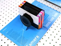 """After months of development, artist Kelli Anderson has created a new pop-up book titled """"This Book is a Camera."""" As you can probably guess from the title, the book contains a pop-up cam… Pinhole Camera, Pop Up, Kelli Anderson, Pop Book, Kickin It Old School, Libros Pop-up, Paper Pop, Colossal Art, Camera Obscura"""