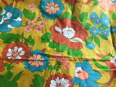 Vintage 60's   Fabric  MOD  Flower Power  Print  COTTON  3 yards X 42 Inches #Unbranded