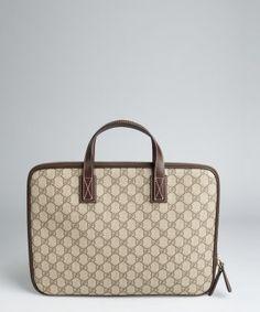Gucci Riveted Shoulder Bag 3