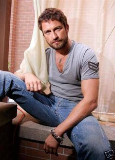 He wowed us with his abs in 300 and wooed us in P.S I Love You, now he's making us drool in all of these photos! These are the best photos of Gerard Butler from around the Internet. This list of Gerard Butler pics includes shots of Gerard Butler shirtless, as well as Gerard Butler muscle photos, an...