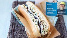 Hotdog mit Hering in Chili-Kaffee-Marinade und Rahmkraut