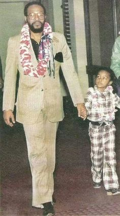 Marvin Gaye and Daughter Nona. Nona is giving me head-to-toe plaid life! Marvin Gaye, Marvin Marvin, My Black Is Beautiful, Black Love, Black Men, Foreign Celebrities, Black Celebrities, Celebs, Nona Gaye