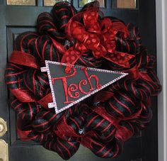 Texas Tech Mesh Wreath how to from Legally Blonde's Proceedings