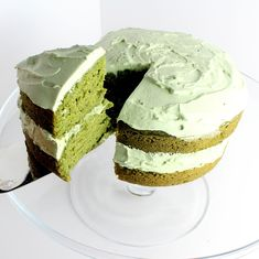 Amazing, festive St. Patty's Day Cake Recipe....or anytime! Vegan, with gluten free options. Quick, easy, and fun to make! Creamy, sugar free frosting! No food coloring! All natural and delicious.