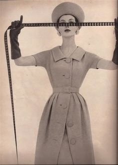 Harper's Bazaar July 1960    Photo by Gleb Derujinsky