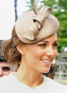 Kate Middleton has such an elegant style.