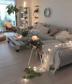 scandinavian style / home decor home decor серый диван, домашний декор Apartment Interior, Apartment Living, Interior Design Living Room, Living Room Designs, Living Room Decor, Bedroom Decor, Apartment Ideas, Budget Bedroom, Bedroom Designs
