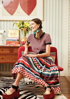 31 Way To Mixing Prints in Your Outfits for Women Stylish Outfits, Fashion Outfits, Moda Casual, Mixing Prints, Look Chic, Looks Style, Mode Inspiration, Mode Style, Printed Skirts
