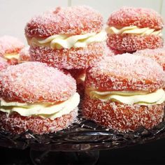 This Jelly Cakes CWA Recipe is a sweet treat you'll love to eat. They are a delicious old fashioned recipe that everyone loves. Make some today! Jelly Recipes, Sweet Recipes, Cake Recipes, Dessert Recipes, Cake Stall, Jelly Cake, Cupcakes, Cookies Et Biscuits, Shortbread Cookies