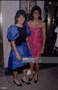 Arantxa Sánchez Vicario (left) and Sabatini attend the 13th Annual Women's International Tennis Association Awards Banquet held on August 28, 1989 at The Plaza Hotel in New York City. Arantxa had just beaten Sabatini in the semifinals of the 1989 Canadian Open by a score of 3-6 7-5 6-3. It was Arantxa's first win against Sabatini in their fierce head-to-head rivalry.