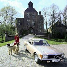 Welcome home. Mercedes-Benz Museum Welcome home. Mercedes Slc, Classic Mercedes, Mercedes Benz Cars, Cls 63 Amg, Museum, Welcome Home, Dream Cars, Convertible, Porsche