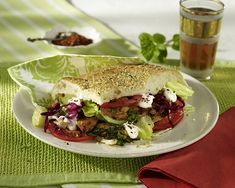 Leichter Döner Rezept | LECKER Sandwiches, Tacos, Mexican, Ethnic Recipes, Food, Burger, German, Pizza, Purple Cabbage