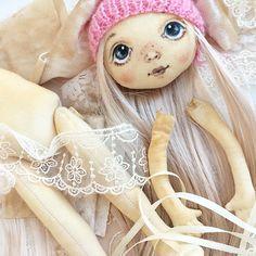 Что делать, если за окном -30, у ребенка температура и все выходные ты вынужден провести дома? Конечно шить ✂️очередную куклу! #процессы