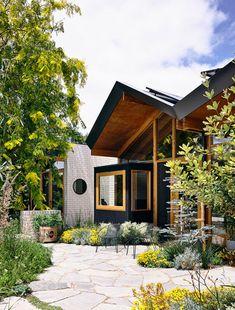 Modern Backyard, Backyard Landscaping, Australian Native Garden, Victorian Terrace, Australian Homes, Architect Design, Inspired Homes, Garden Inspiration, Landscape Design