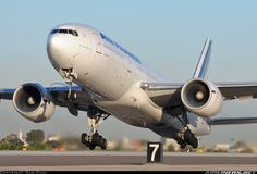 Air France F-GSPG Boeing 777-228/ER aircraft picture
