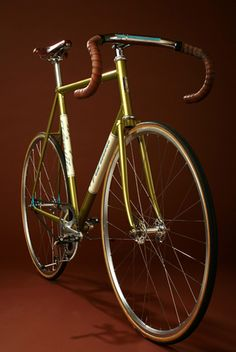 Classic Fixed Wheel Track Bike #bicycles, #bicycle, #pinsland, https://apps.facebook.com/yangutu