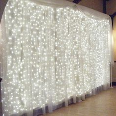 Ucharge  600 LED Curtain Icicle Lights with 8 Modes, Curt...