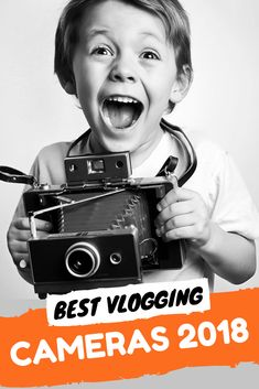 Discover the best vlogging cameras to buy in new 2018 and pick up a great bargain! (UPDATED) + BONUS vlogging camera Buyer's Guide! Kick-start your career. Camera Rig, Camera Angle, Best Camera For Photography, Photography Business, Professional Photography, Photography Tutorials, Photography Tips, Photography Projects, Iphone Photography