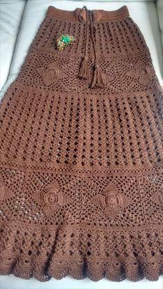 Fashion Tips Hijab .Fashion Tips Hijab Pull Crochet, Bag Crochet, Crochet Skirts, Crochet Amigurumi, Crochet Woman, Crochet Crafts, Crochet Clothes, Crochet Stitches, Crochet Projects