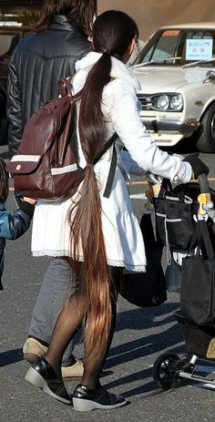 Long Hair Ponytail, Ponytail Hairstyles, Gypsy Hair, We Wear, How To Wear, Very Long Hair, Wool Coat, Braids, Leather Jacket