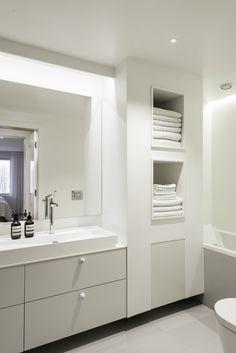 Berg — cecilie claussen Bathroom Lighting, Mirror, Furniture, Oslo, Design, Home Decor, Velvet, Bathroom Light Fittings, Homemade Home Decor