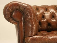 chesterfield stílusú bútor
